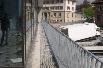 Brüstungsgeländer Stahl Metall verzinkt