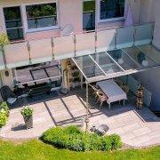 Terrassenüberdachung aus Metall und Glas im Raum Lörrach Weil am Rhein