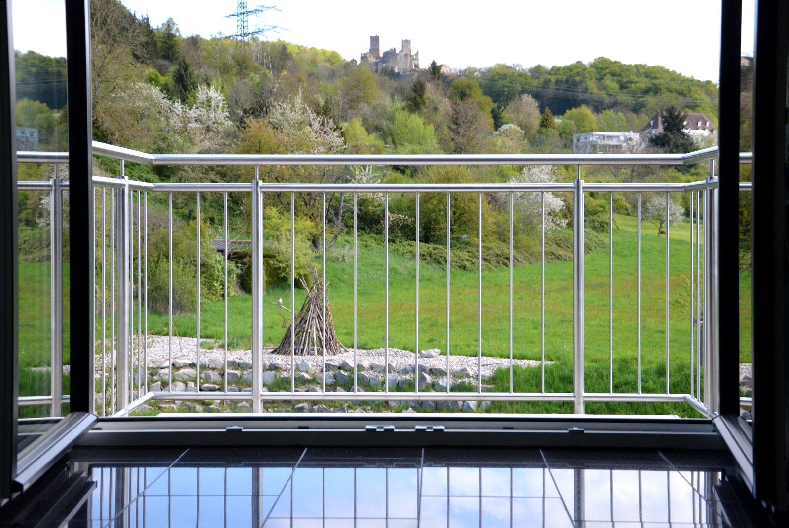 Kleiner Balkon Mit Grosser Aussicht Medam Gmbh